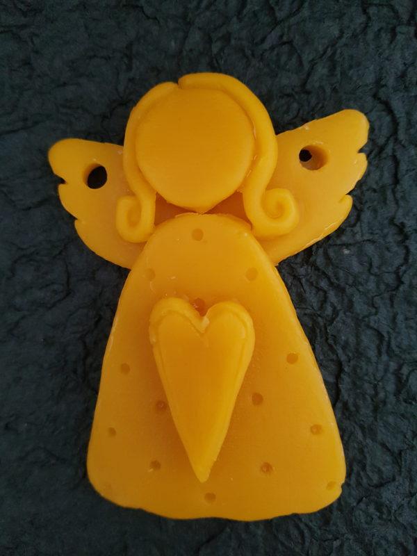 Engel mit Herz aus reinem Bienenwachs